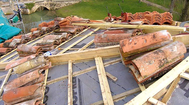 Réparation de toiture tuiles